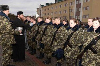 Более 30 курсантов приняли Военную присягу