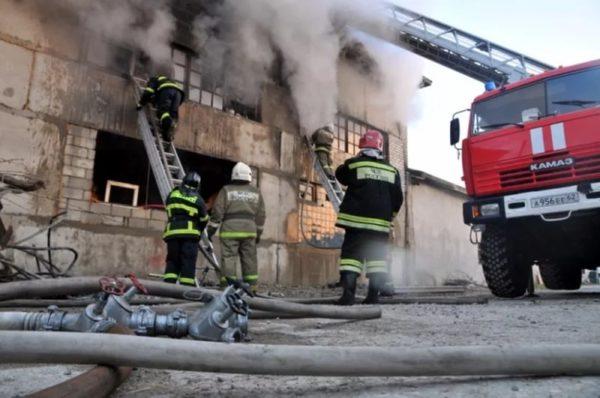 пожар в производственном здании