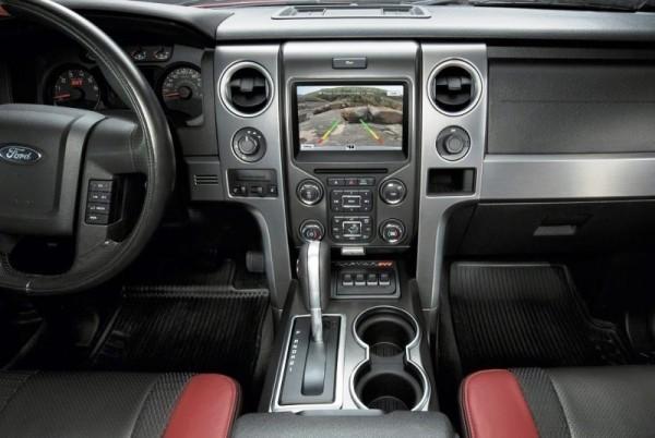 Пикап Ford F-150 SVT