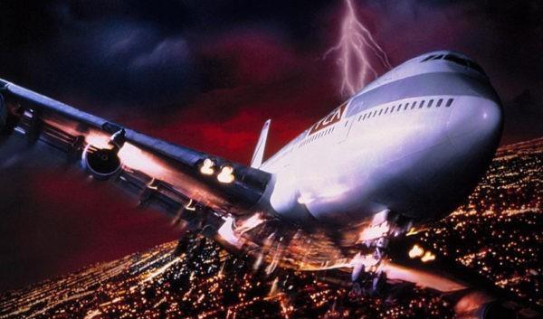 Призрак женщины-пилота попал на видео
